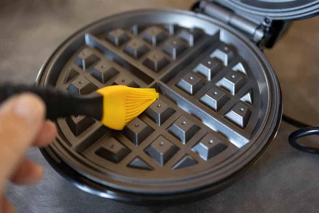 Basting-brush-on-waffle-grids