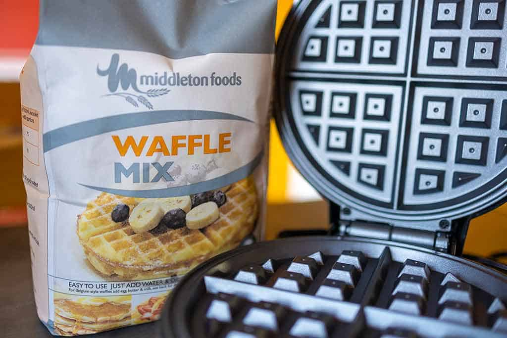 Is pancake and waffle mix the same